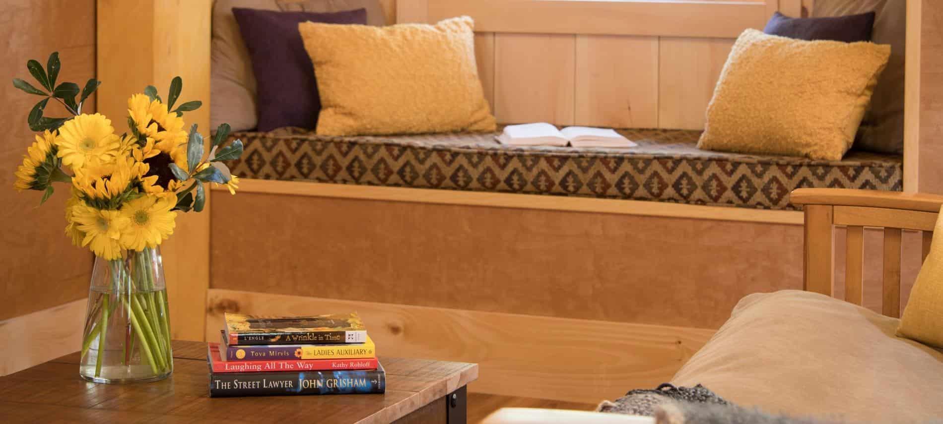 Charming mountain cabin rentals near burlington vermont for Cabins burlington vt