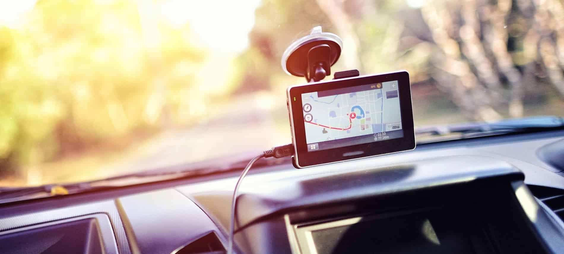 GPS unit on windsheild
